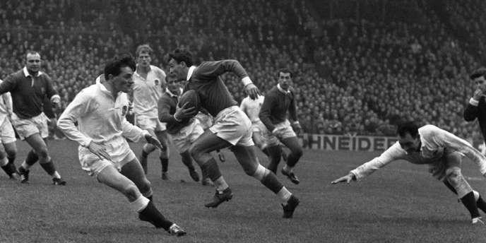 André Boniface (au centre, ballon en main), le 22 février 1964 lors du match France-Angleterre.