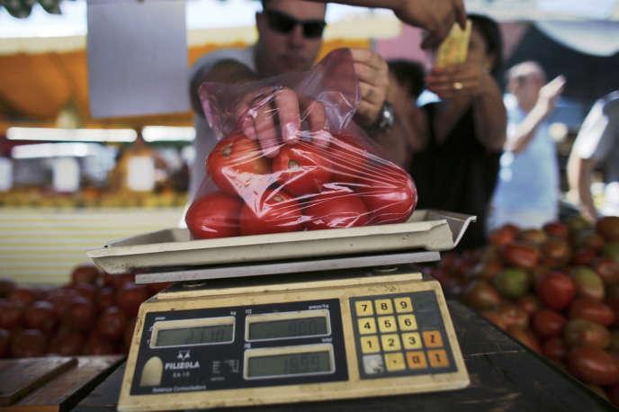 Au Brésil, le prix de la tomate a augmenté de 122% début avril par rapport à 2012.