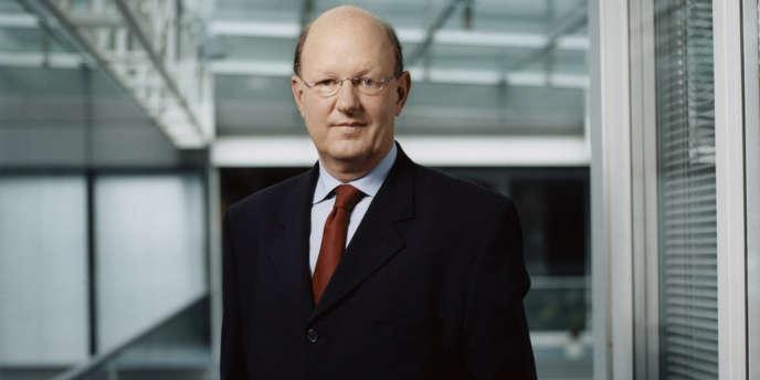 Rémy Pflimlin, Président Directeur Général de France Télévisions, dans les locaux du groupe.