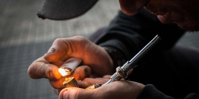 Le Brésil compte le plus grand nombre de consommateurs de crack au monde, évalué à un million, selon les autorités.