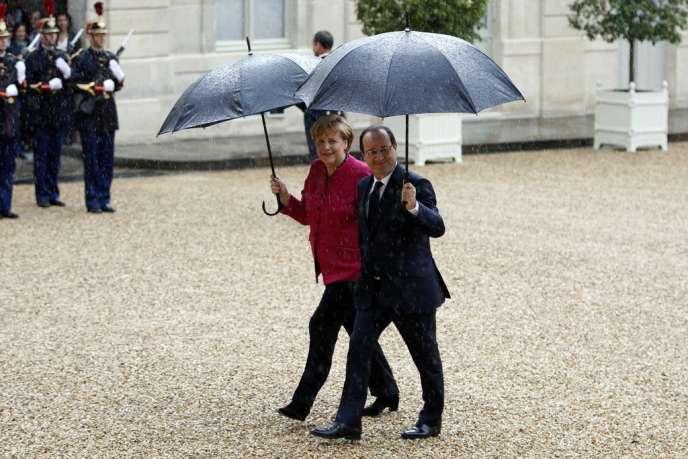 Angela Merkel et François Hollande, le 30 mai à Paris.