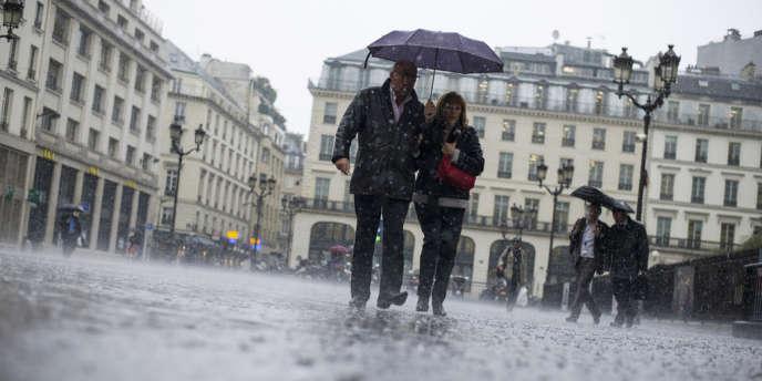 Paris sous la pluie, le 30 mai.
