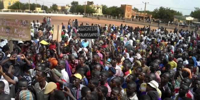 Manifestation appelant la France à libérer Kidal, le 30 mai.