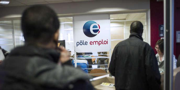 Une agence Pôle emploi de la banlieue parisienne (Pantin), le 25 mars.