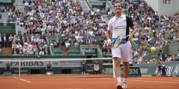 Richard Gasquet s'est qualifié pour els huitièmes de finale de Roland-Garros en battant le Russe Nikolay Davydenko, le 1er juin.