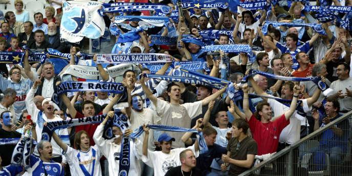 Des supporteurs du RC Strasbourg, en 2005.