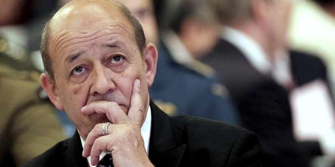 Le ministre de la défense français Jean-Yves Le Drian, lors de la conférence internationale organisée par l'IISS à Singapour.