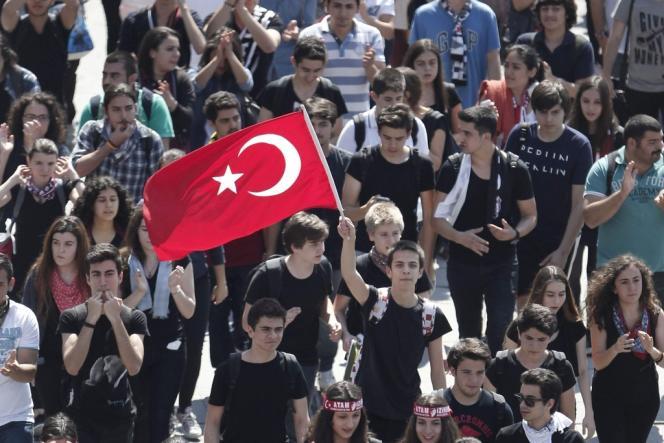 Manifestation place Taksim, à Istanbul, le 3 juin.
