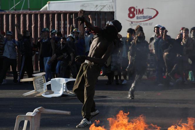 Les 20 et 21 juillet 2001, de véritables scènes de guérilla urbaine ont eu lieu à Gênes.