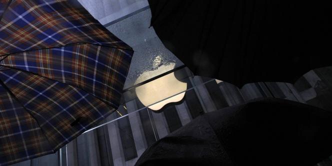 Quand la marque à la pomme a lancé sa tablette informatique iPad au printemps 2010, les prix de la plupart des livres électroniques ont monté de plus de 15 %.