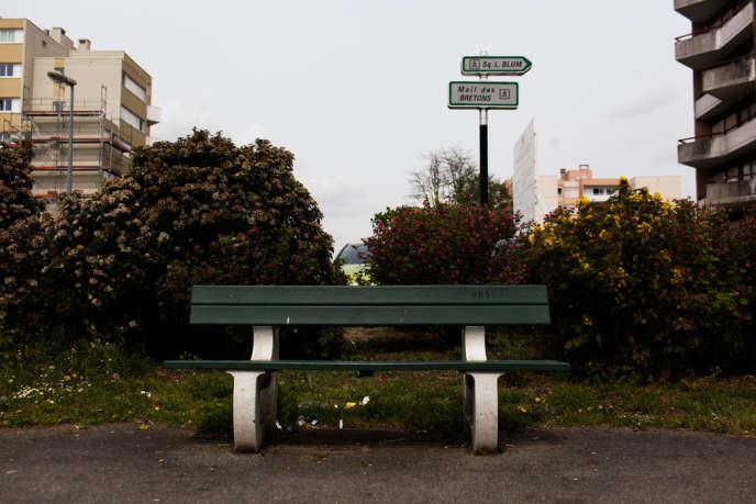Le banc où un ami de Réda a été retrouvé mort.