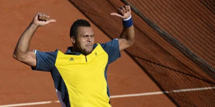 Jo-Wilfried Tsonga après sa victoire contre Roger Federer, le 4 juin à Roland-Garros.