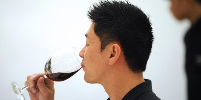 La Chine, élargie à Hong-Kong, est le principal client asiatique et la deuxième destination des exportations de vins français.