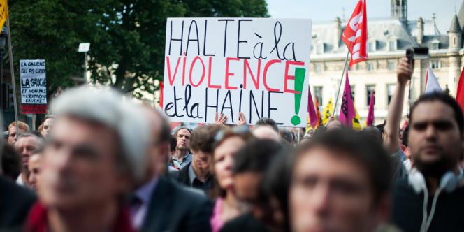 Des milliers de personnes se sont rendues place Saint-Michel, jeudi 6 juin.