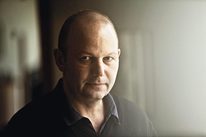Avocat de profession, Guillaume a dû abandonner le barreau en 2007, faute de clients.