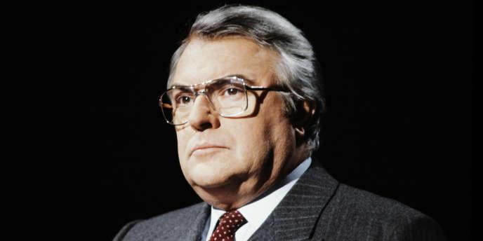 Pierre Mauroy a été le premier chef de gouvernement socialiste de la Ve République entre 1981 et 1984 (ici le 23 janvier 1983).