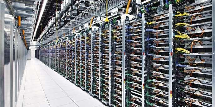 Le cloud serait composé de plus de 2 000 data centers dans le monde. Ci-contre, un de ceux de Google, situé  dans l'Oklahoma (Etats-Unis). -