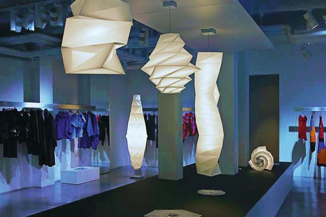 Dirigés cette année par René-Jacques Mayer, les D'Days avaient mis à l'honneur en 2012 les luminaires d'Issey Miyake.