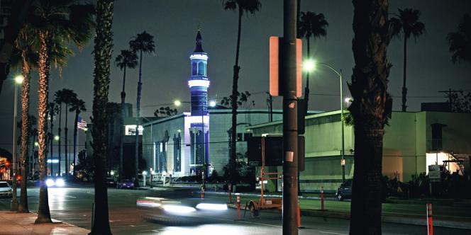 La mosquée King Fadh à Los Angeles ; financée par l'Arabie Saoudite, elle acceuille des communautés musulmanes très diverses, y compris iraniennes.