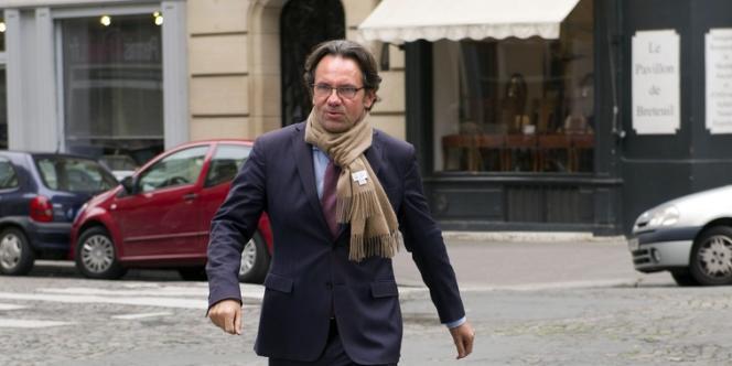 Frédéric Lefebvre, ici à Paris en octobre 2012, a battu le socialiste Franck Scemama, à l'issue d'un second tour marqué par une très forte abstention, selon ces chiffres fournis après l'ouverture des urnes électroniques, dimanche soir.