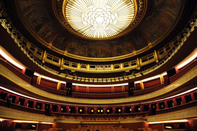 La salle du Théâtre des Champs-Elysées à Paris en juin 2008.