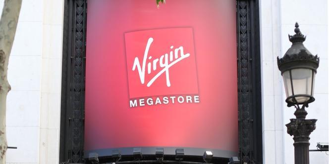 Selon les syndicats, qui ont rendu un avis défavorable sur les offres de reprise, celles encore en lice ne portent que sur une soixantaine de postes fermes, alors que Virgin emploie 960 salariés.