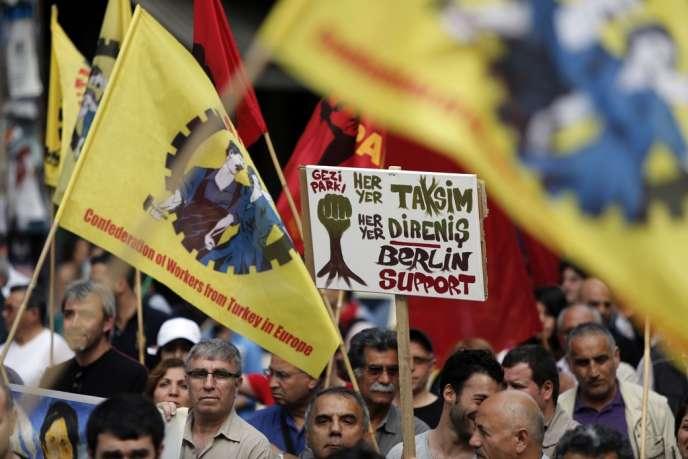 Manifestation de soutien aux protestataires turcs, le 9 juin à Berlin.