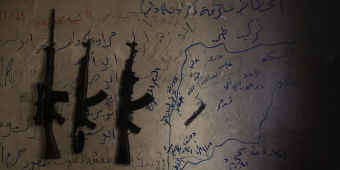 Les armes d'un groupe de rebelles syriens, à Alep, le 11 juin 2013.