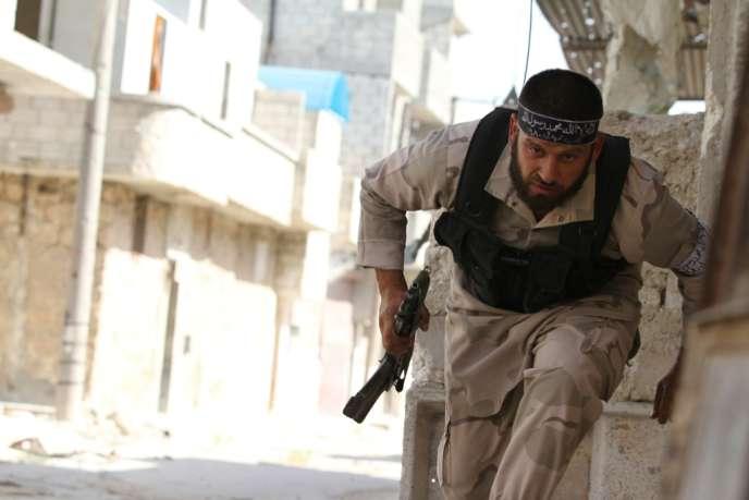 Après la perte d'un quartier de Homs, les rebelles syriens ont repris le contrôle d'une base aérienne à Alep dans le nord de la Syrie.