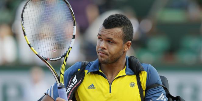 Jo-Wilfried Tsonga après sa défaite en demi-finale contre David Ferrer à Roland-Garros, le 7 juin.