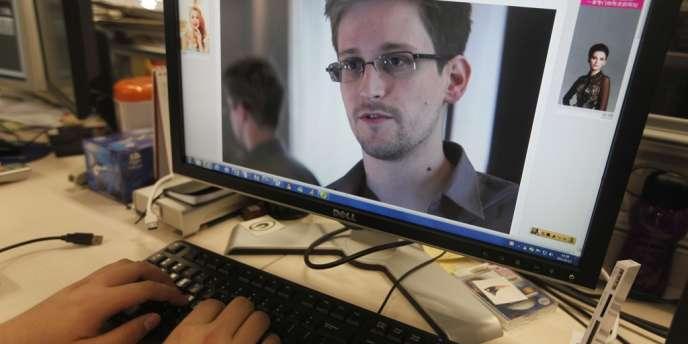 Plusieurs internautes et sites américains ont mené une enquête sur Internet et exposent les photos et la vie privée de Snowden, qui a révélé le scandale Prism, et de son ex-compagne.
