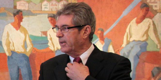 Jean-Michel Colo, maire d'Arcangues, lors d'une conférence de presse le 5 juin.