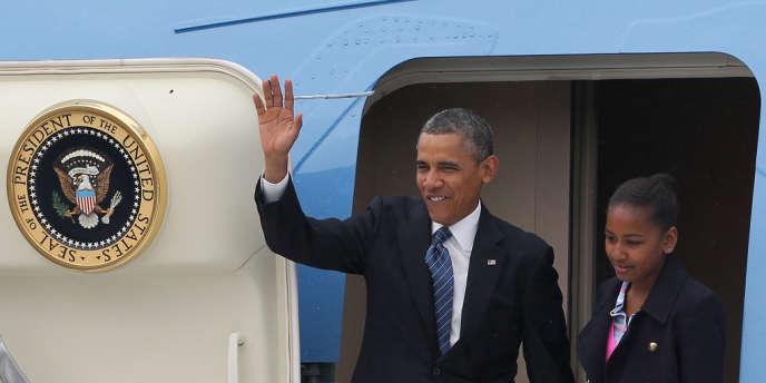Barack Obama est arrivé à Belfast lundi 17 juin, ici avec sa fille Sasha. Après le G8, il se rendra en Allemagne.