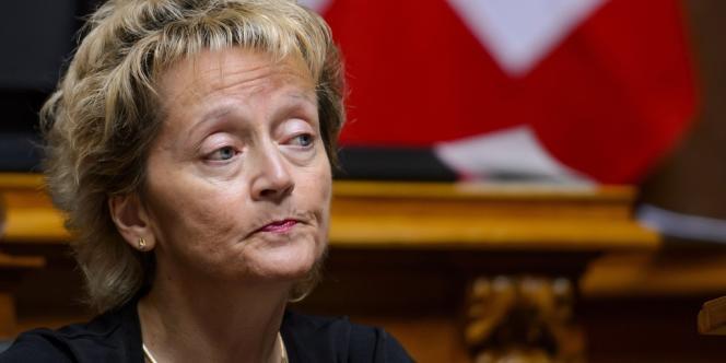 La ministre des Finances, Mme Eveline Widmer-Schlumpf, a défendu jusqu'au bout cette