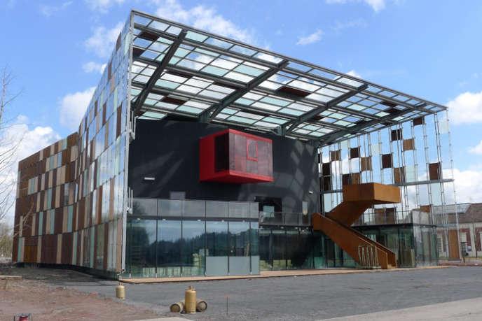 Le Métaphone, dans le Pas-de-Calais, une salle de concert capable de se transformer en instrument de musique géant.