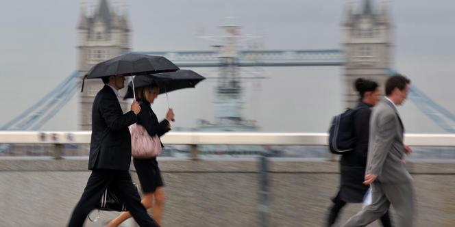 La Banque d'Angleterre a dévoilé, jeudi, que cinq banques britanniques devaient renforcer leurs fonds propres de 13,7 milliards de livres.