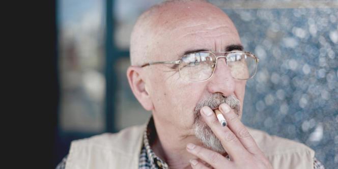 A 62 ans, Toni, venu des Asturies en 2010, vit dans la médina de Tanger. Il ne regrette rien.