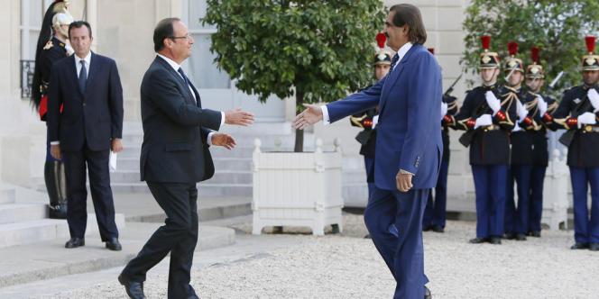 Le 22 août 2012, François Hollande accueillait l'émir Hamad Ben Khalifa Al-Thani à Paris, au palais de l'Elysée.