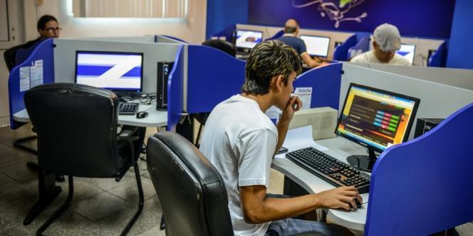 37,3 millions d'internautes ont été victimes de phishing entre début mai 2012 et fin avril 2013.