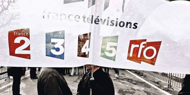 La dotation d'Etat pour les télévisions et radios publiques doit disparaître.