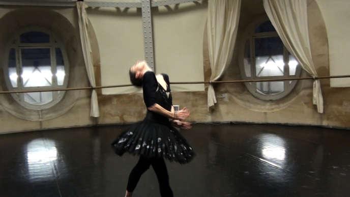 Marie-Agnès Gillot, ou la danse pour évoquer la douleur, dans