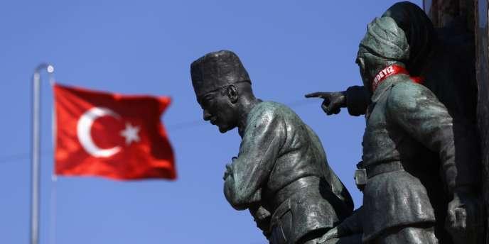 Mercredi 8 janvier, les préfets de police de 16 provinces ont été licenciés par le gouvernement turc