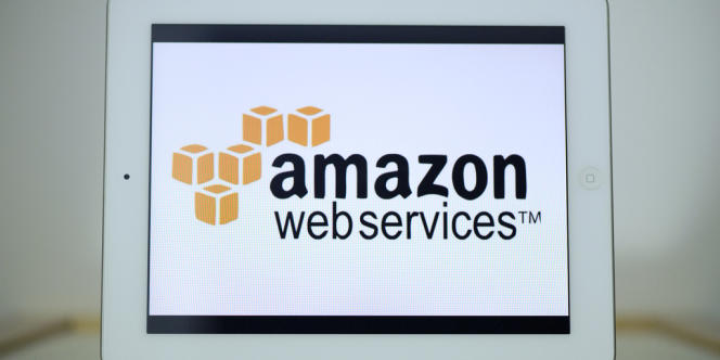 Amazon Web Services propose des solutions de cloud computing aux entreprises.