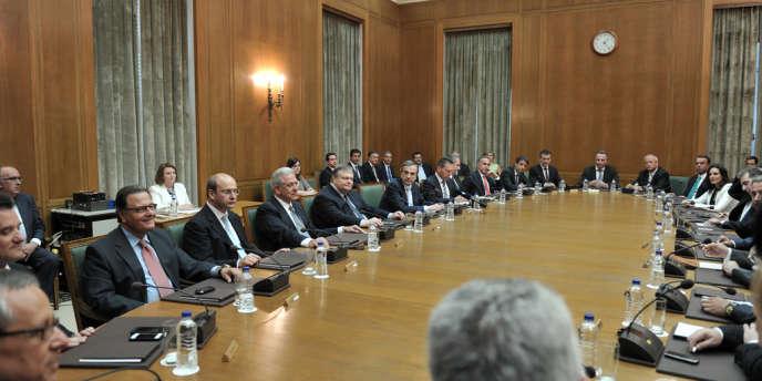 Premier conseil des ministres du nouveau gouvernement grec, le 25 juin.