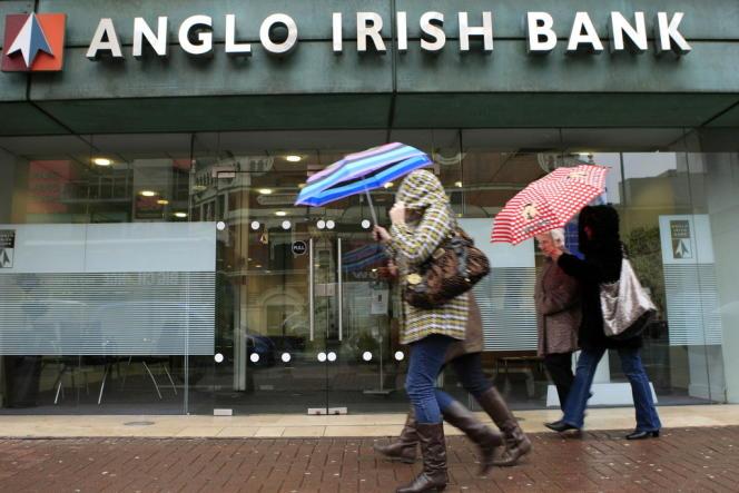 Une agence de la banque Anglo Irish Bank à Belfast.