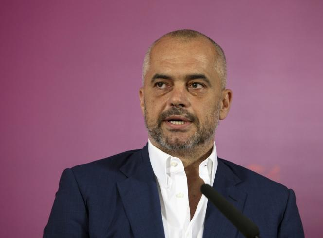 Edi Rama, le premier ministre albanais, en 2013 à Tirana.