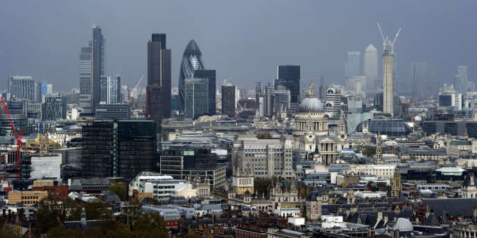 Londres conteste la décision prise par le Conseil européen d'autoriser certains Etats à établir une coopération renforcée dans ce domaine.