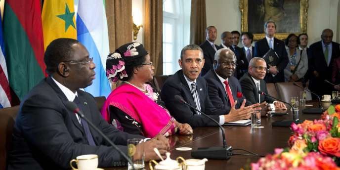Le 28 mars 2013, le président sénégalais Macky Sall (à gauche) était reçu aux côtés d'autres présidents africains à la Maison blanche.