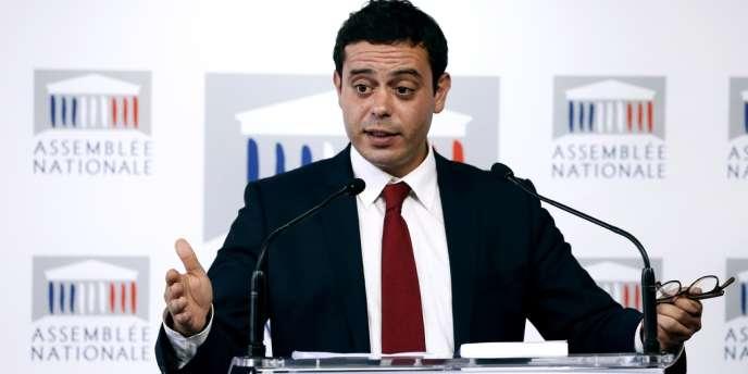 Razzy Hammadi, député socialiste de Seine-Saint-Denis, lors d'une conférence de presse le 24 juin, à l'Assemblée nationale.
