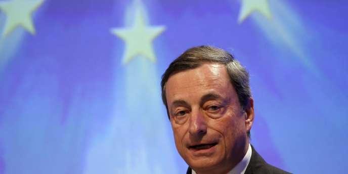 La Banque centrale européenne (BCE) a abaissé, jeudi 7 novembre, son principal taux directeur de °,5 % à 0,25 % lors de sa réunion mensuelle de politique monétaire.
